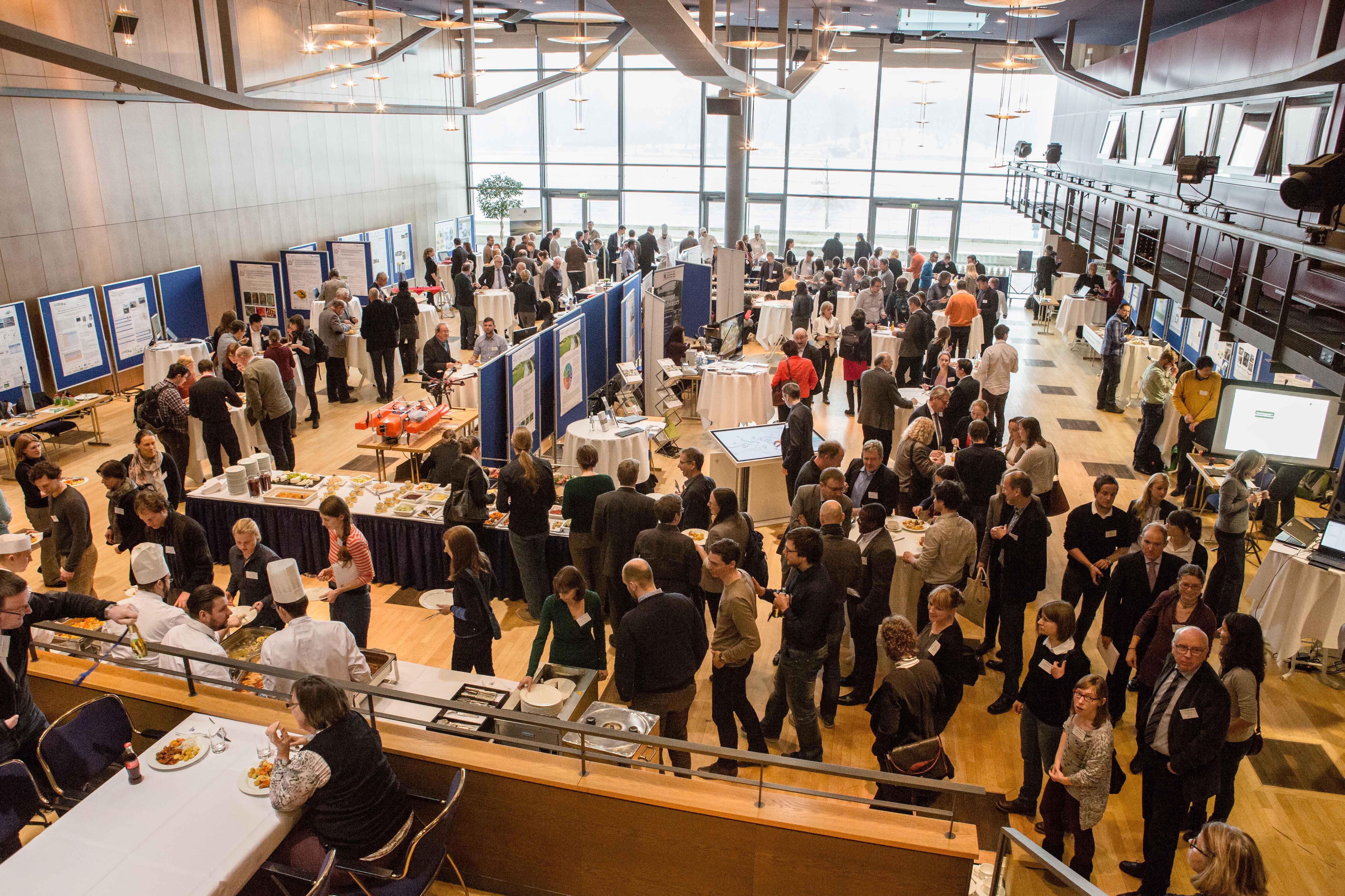 ReWaM Statuskonferenz Marktstände