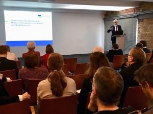 Begrüßung der Teilnehmer durch Jörg Simon, Vorstandsvorsitzenden der Berliner Wasserbetriebe