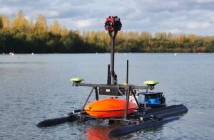 RiverBoat mit modularem Kameramodul und Trailer. Quelle: FiW e. V.